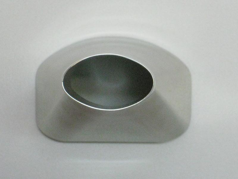 薬品用ホッパー形状